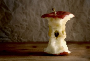 Apple children optical illusion Dean Pellerzi