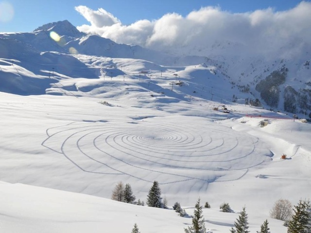 Trampled Snow Art Simon Beck 2