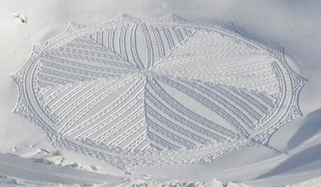 Trampled Snow Art Simon Beck 6