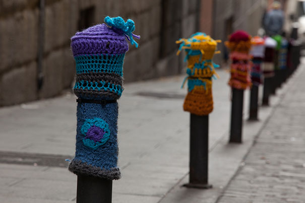 yarn bombing knitting world 19