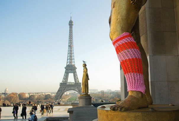 yarn bombing knitting world 3