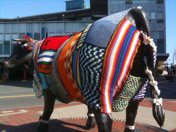 yarn bombing knitting world 6