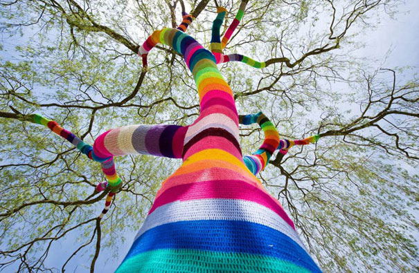 yarn bombing knitting world 8