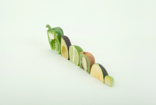 cut and paste with fruit and vegetables Florent Tanet 9