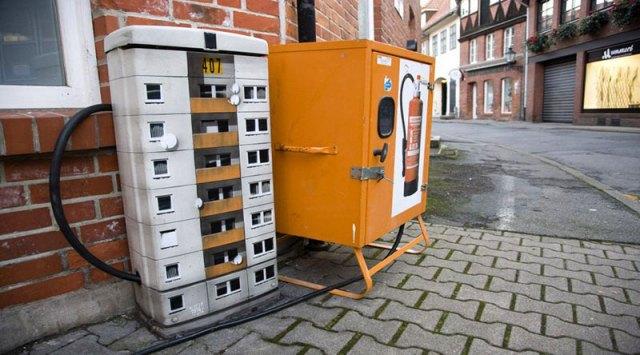 miniature apartment buildings in Berlin Evol 1
