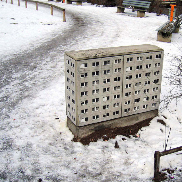 miniature apartment buildings in Berlin Evol 10