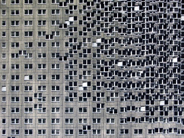 miniature apartment buildings in Berlin Evol 12