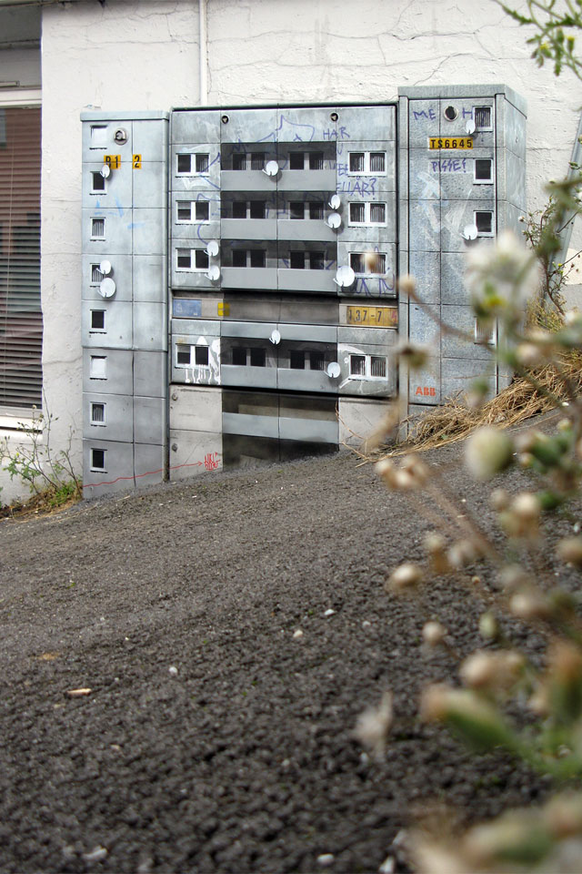 miniature apartment buildings in Berlin Evol 19