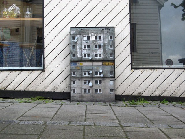 miniature apartment buildings in Berlin Evol 2