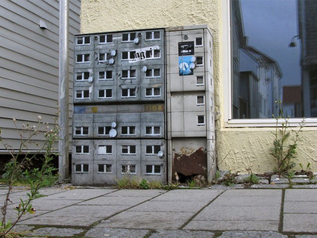 miniature apartment buildings in Berlin Evol 20