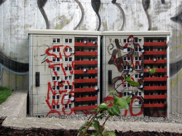 miniature apartment buildings in Berlin Evol 4