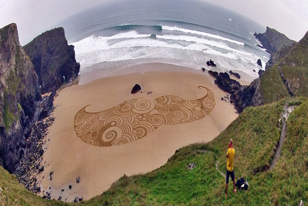 Sand Drawings  Tony Plant 5