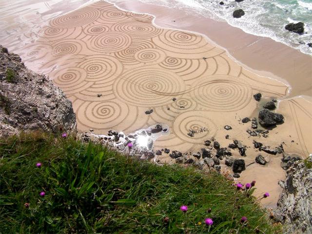 Sand Drawings  Tony Plant 8