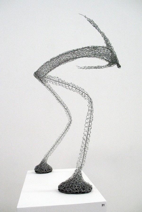 Urbanised wire sculptures Barbara Licha 5