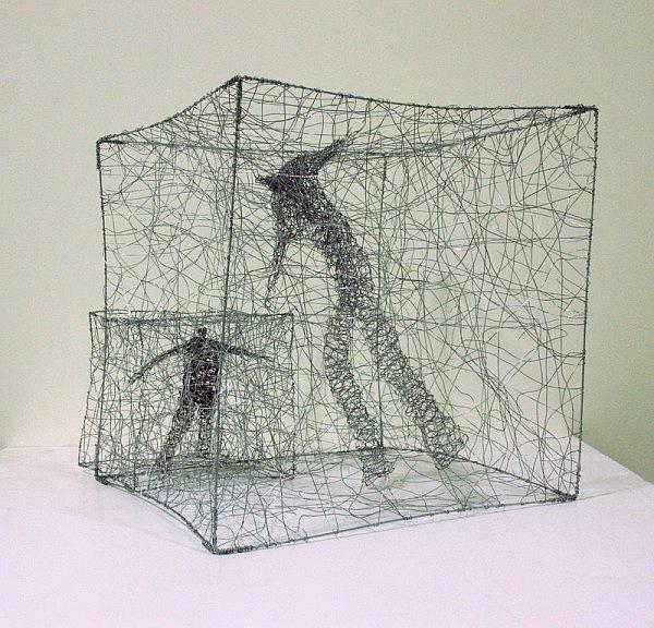 Urbanised wire sculptures Barbara Licha 8