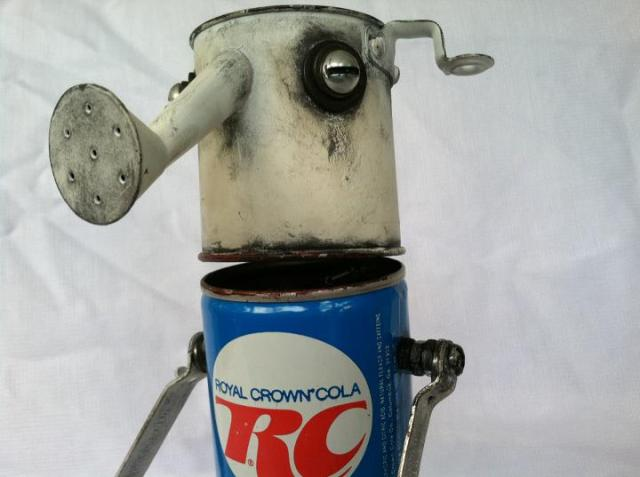 funny characters made with metal object Thomas Shelton 27