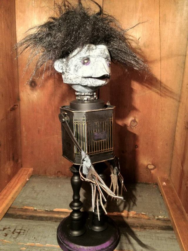 funny characters made with metal object Thomas Shelton 7