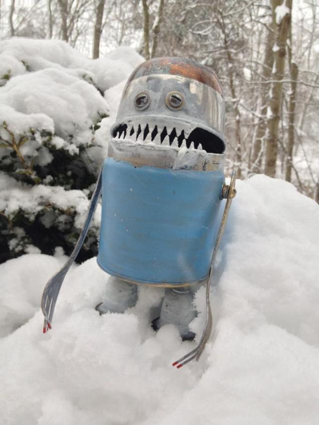 funny characters made with metal object Thomas Shelton