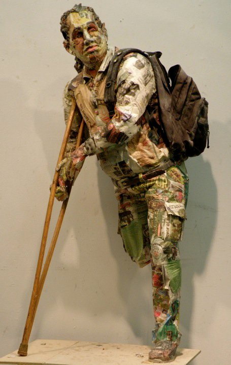 incredible newspaper sculptures Will Kurtz 13