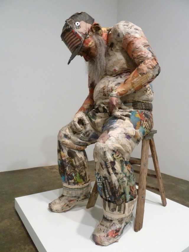 incredible newspaper sculptures Will Kurtz 4