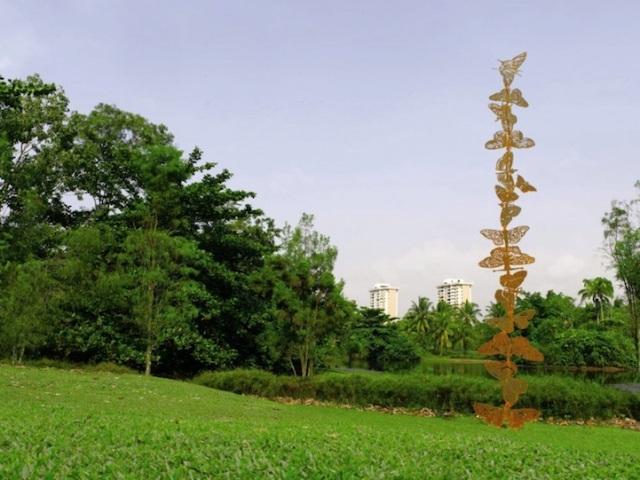 Steel Flowers and Trees Sculptures Zadok Ben David 7