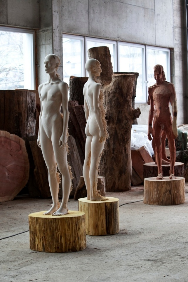 the tainted sculptures Aron  Demetz 10