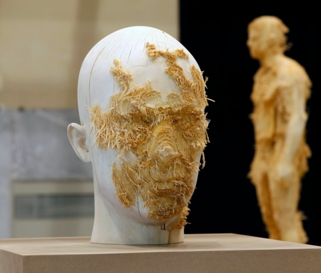 the tainted sculptures Aron  Demetz 13