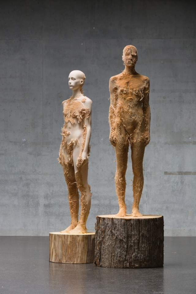 the tainted sculptures Aron Demetz 8