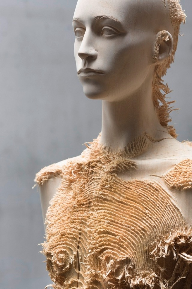 the tainted sculptures Aron Demetz