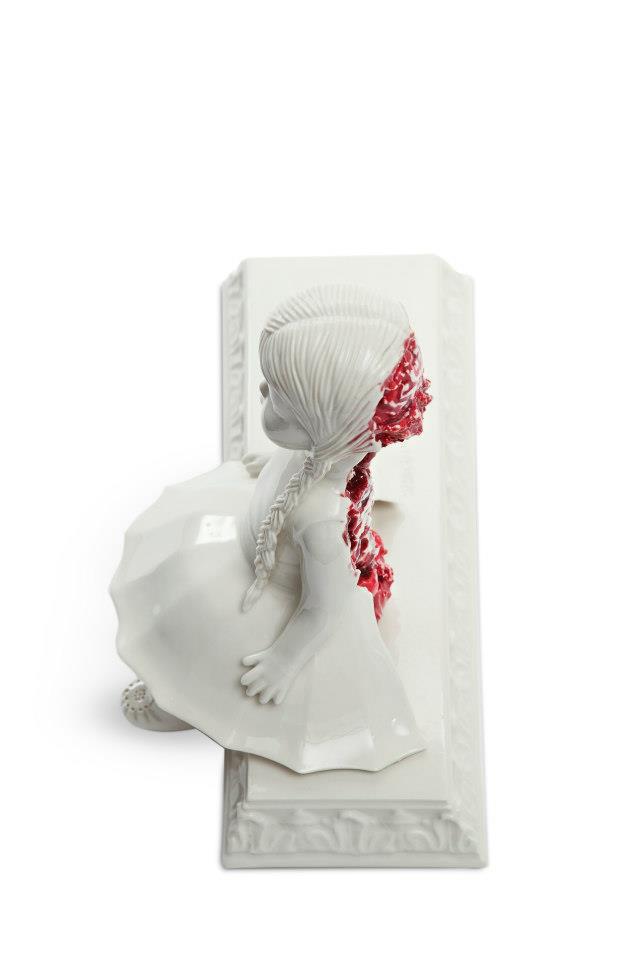 bloody ceramic sculptures Maria Rubinke 9