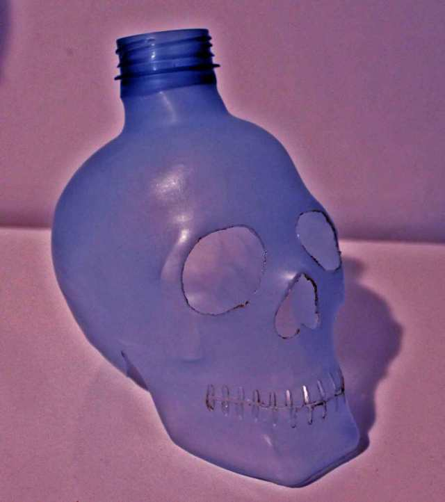 Plastic skulls franco reyes 18