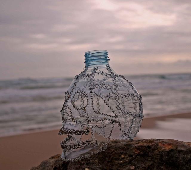 Plastic skulls franco reyes 4