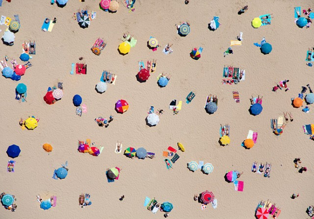 overhead beach pic with umbrellas