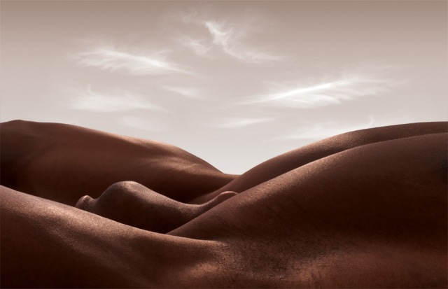 Bodyscapes Carl Warner 9