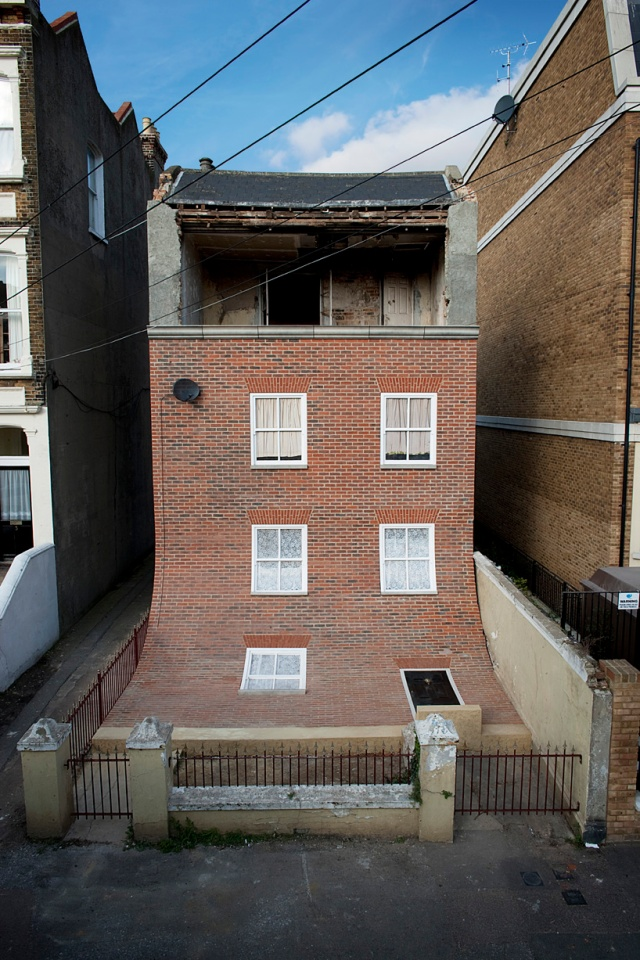 from the knees of my nose to the belly of my toes alex chinneck 3