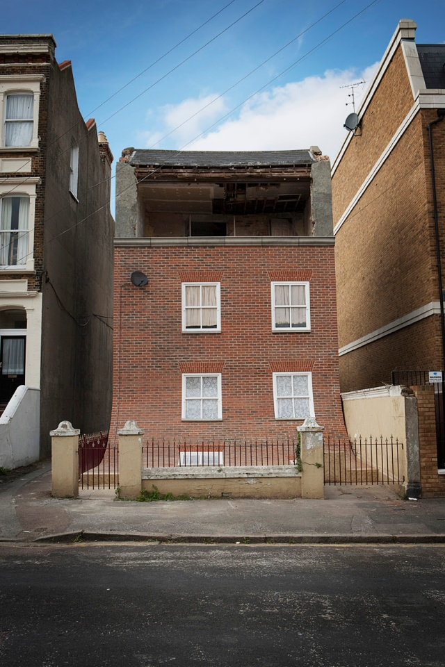 from the knees of my nose to the belly of my toes alex chinneck 5