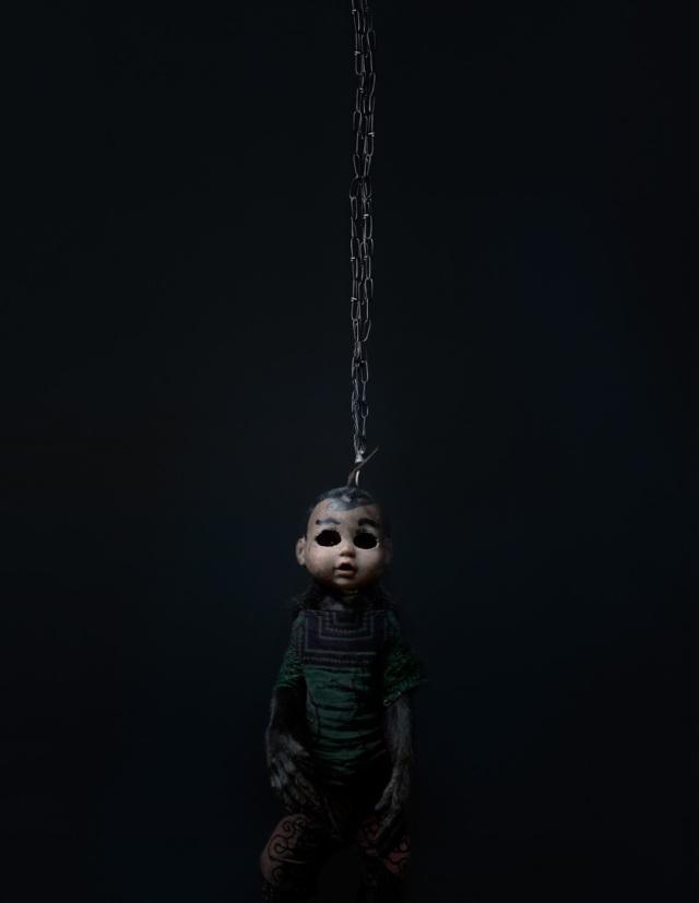 haunting monkeys with doll heads Pertu Saksa 11