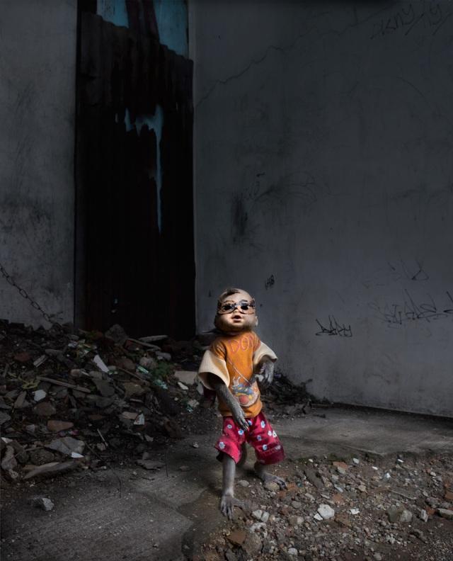 haunting monkeys with doll heads Pertu Saksa 16
