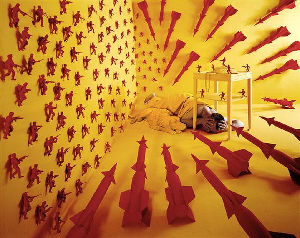 surreal worlds Sandy Skoglund 10