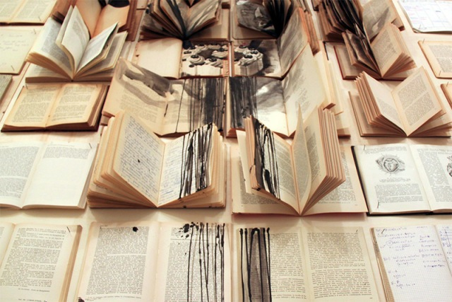PAINTINGS ON BOOKS EKATERINA PANIKANOVA 8