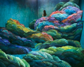 Jee Young Lee Incredible (Non-Photoshopped) Installations 2