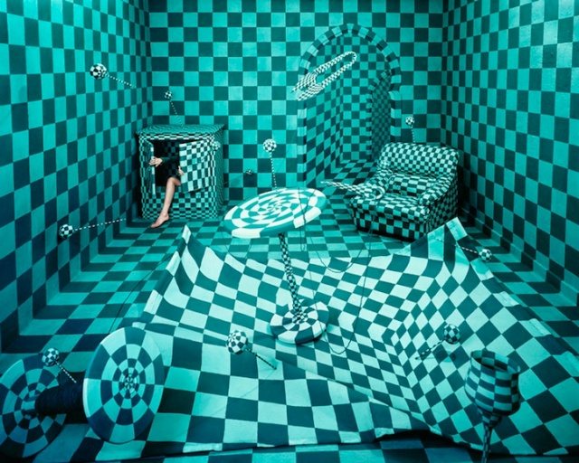 Jee Young Lee Incredible (Non-Photoshopped) Installations 8