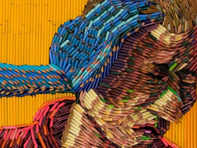 fascinating sculptures made out colored pencils federico uribe 10
