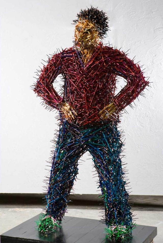 fascinating sculptures made out colored pencils federico uribe 2