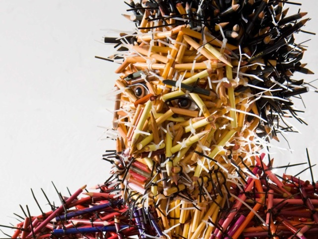 fascinating sculptures made out colored pencils federico uribe