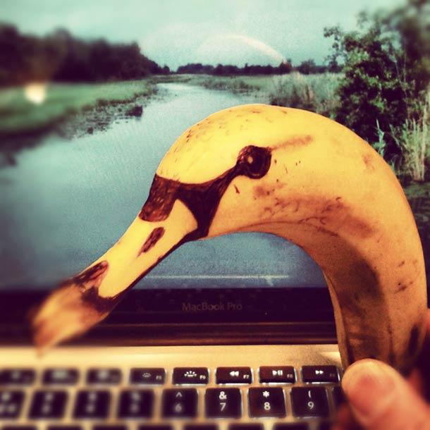 Jurgen Steenwelle banana doodles 9