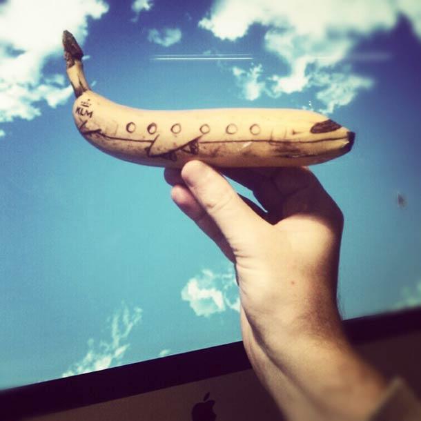 Jurgen Steenwelle banana doodles