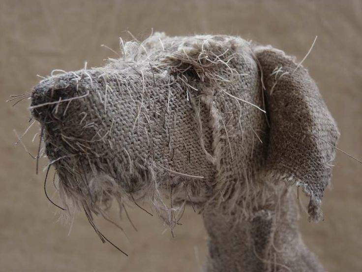 dog scuptures Helen Thompson