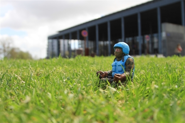 Fascinating Miniature World Isaac Cordal 7