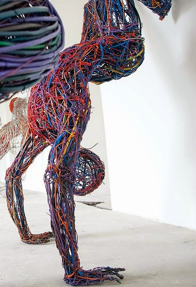 Judit Rabóczky human figures constructed from reused electrical cables 5